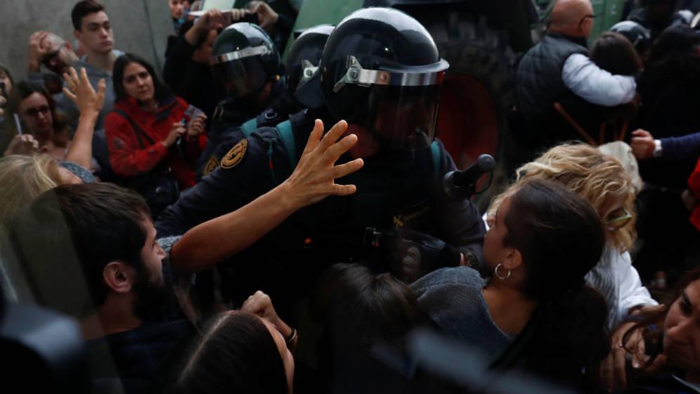 Argumentos patriarcales sobre la actuación policial y el referéndum del 1-O
