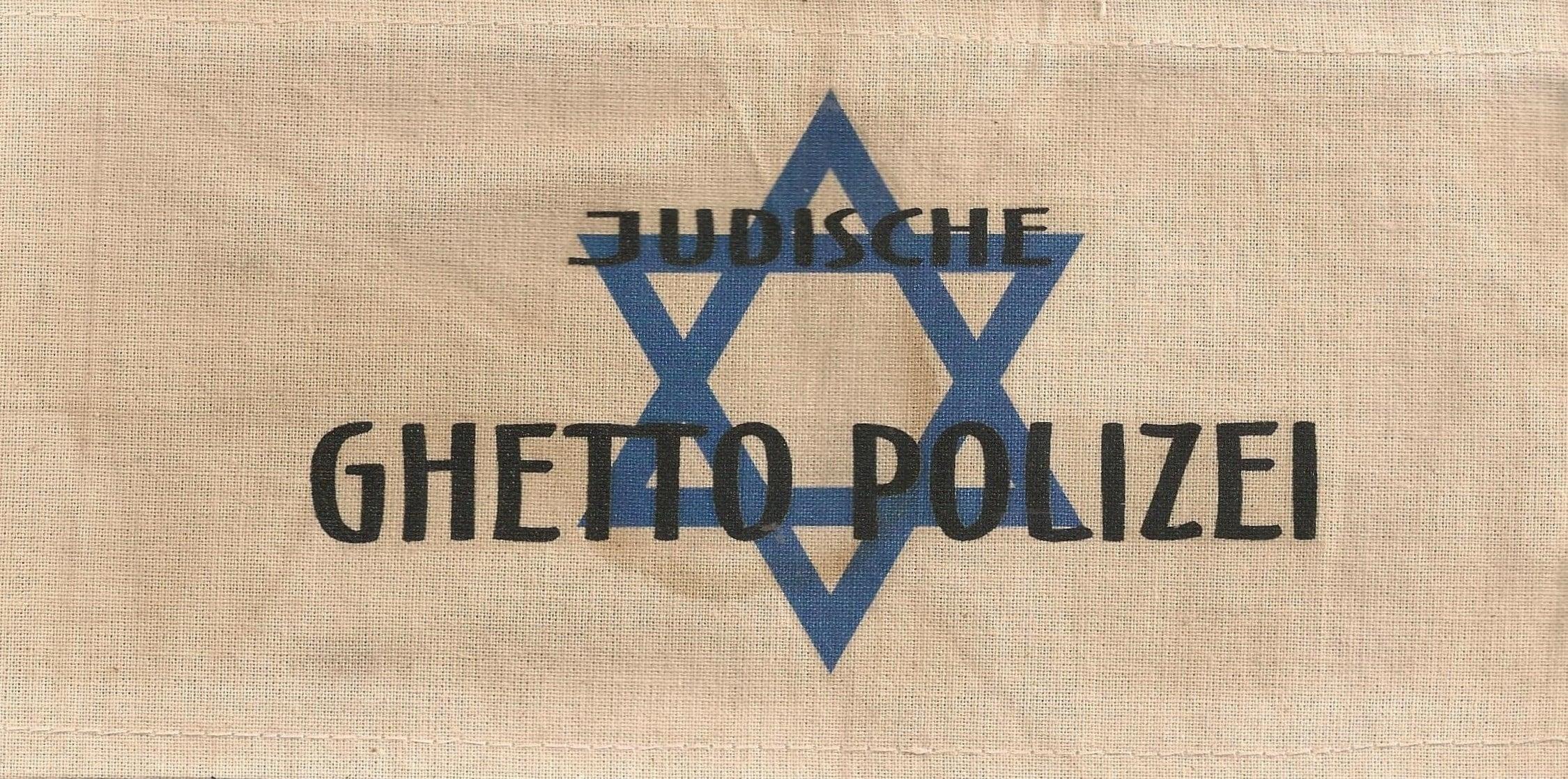 Brazalete de los kapos, de la policía del guettos de concentración nazis